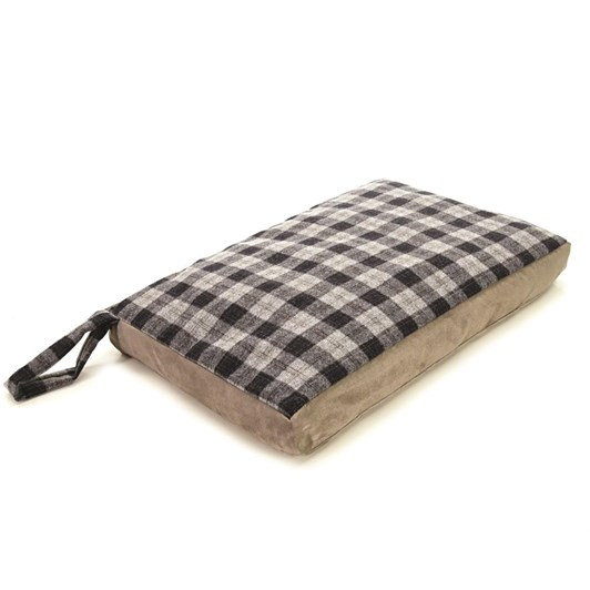 Tweedmill Dog Bed Small  49x72cm