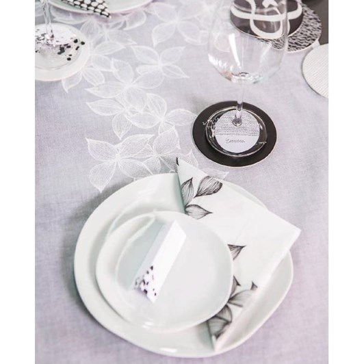 Rader Blossom Napkin Set With 6 Place Cards