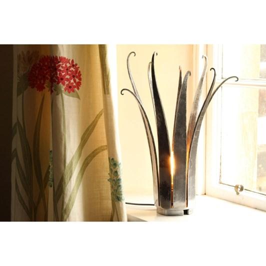 Belltrees Crown Lamp