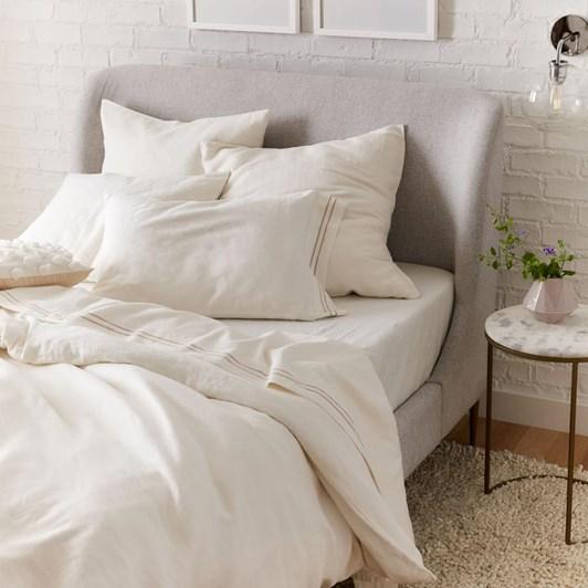 West Elm Lana Upholstered Bed Queen Chenille Tweed