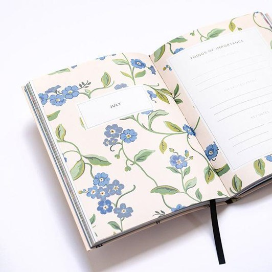 Cath Kidston A6 2022 Bees Linen Diary