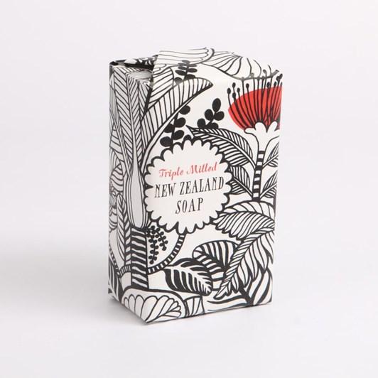 Tanya Wolfkamp Black & White New Zealand Flowers Soap