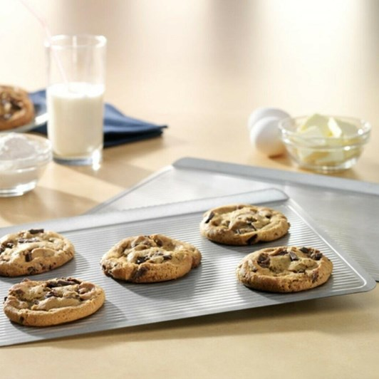 USA Pan Cookie Sheet Pan 13x8.75
