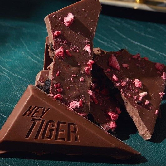 Hey Tiger The Robe 95G Liquorice & Raspberry Milk 45%