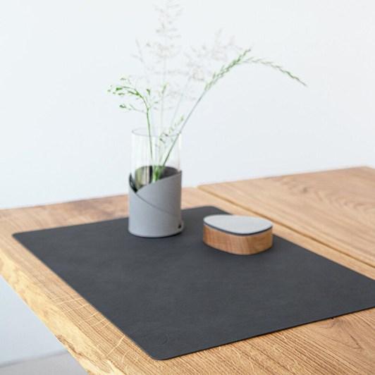 Lind Dna Table Mat Nupo Black Square L 35X45Cm