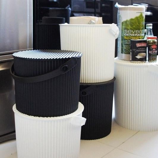 Hachiman Medium Storage Bucket With Lid White 8L