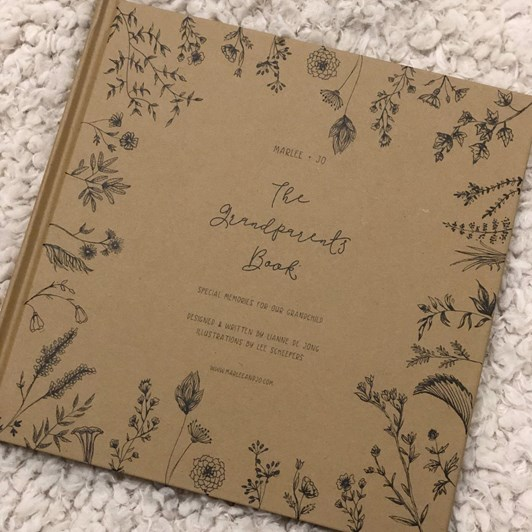 Marlee + Jo Nature Collection The Grandparents Book