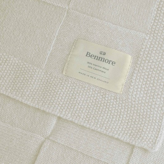 Benmore Classic Cot Blanket - Warm White