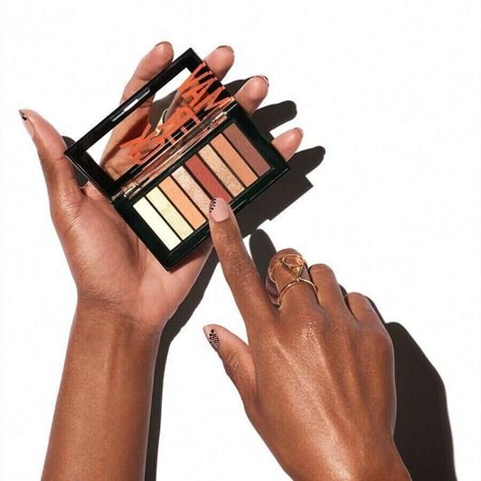 Revlon ColorStay Looks Book™ Eye Shadow Palettes