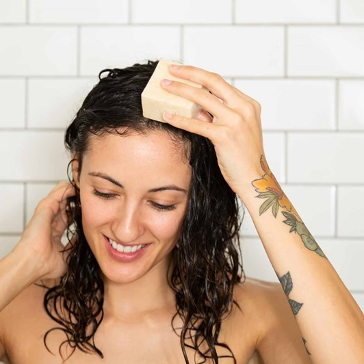 Ethique Heali Kiwi Solid Shampoo Bar 110g