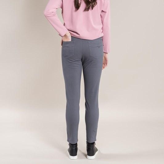 Vassalli Luxe Skinny Leg Ankle Grazer Pant