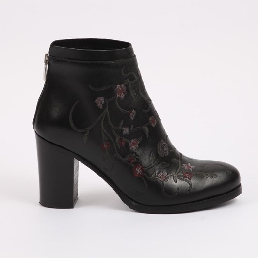 Lady Shoes - Boots