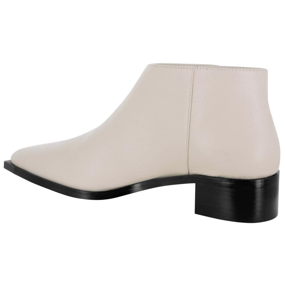 Senso Lionel Low Cut Ankle Boot With Side Studs -