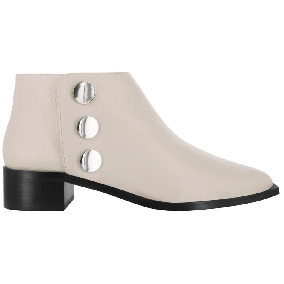 Senso Lionel Low Cut Ankle Boot With Side Studs - chalk