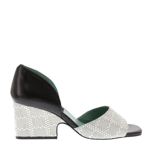 Neo Peep Toe Shoe