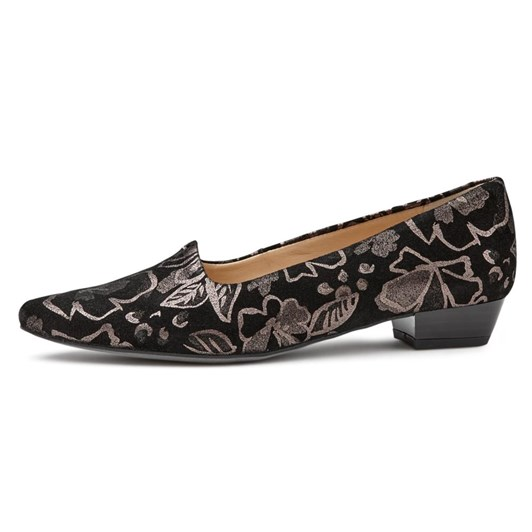 Ara Court Embroidered Shoe