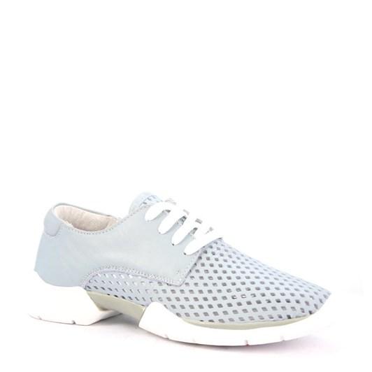Eos shoe