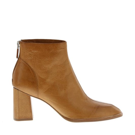 Neo Carved Toe Ankle Boot