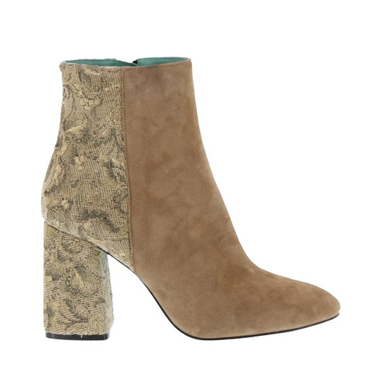 Neo Contrast Embroidered Suede Boot
