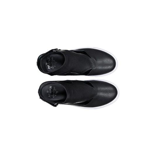 Minx Crystal Shoe