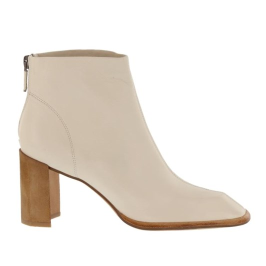 Neo Carved Shaped Toe Boot