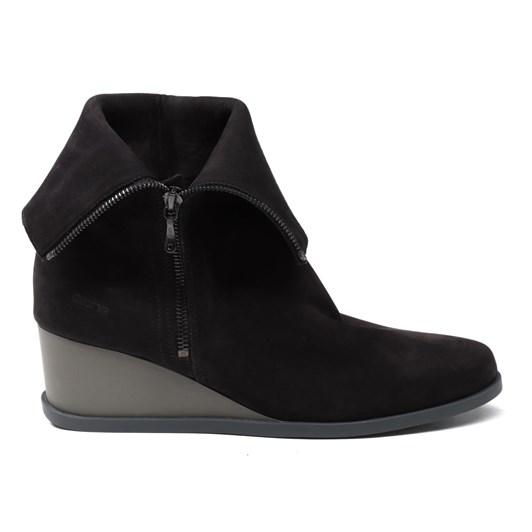 Arche Okolaa Boot