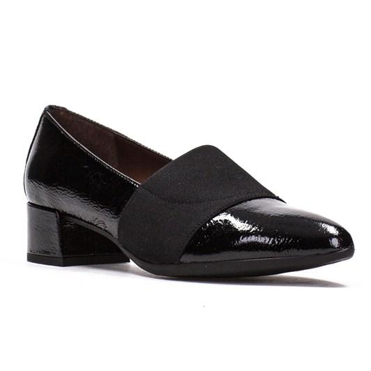 Hispanitas Classic Court Shoe