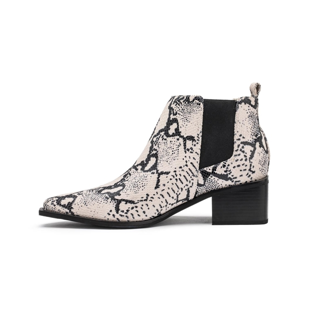 Chaos & Harmony World Boot - stone snake