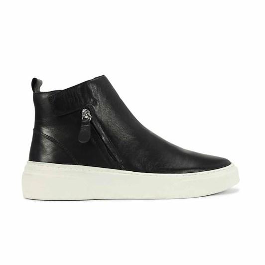 EOS Minimalist High Top Sneaker