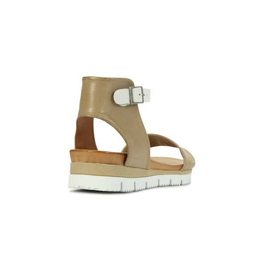 EOS Soda Sandal