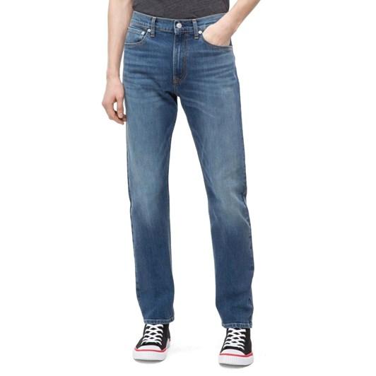Calvin Klein  035: Straight (West Cut)