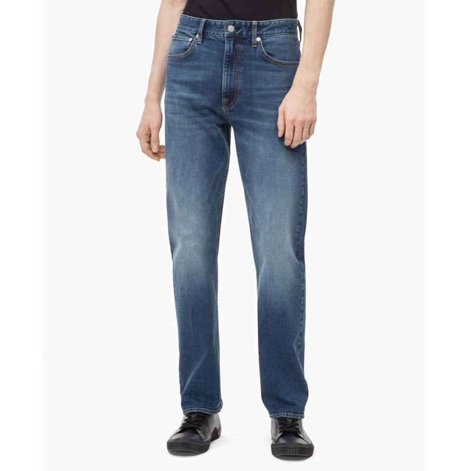 Calvin Klein 037: Relaxed Straight (Western Cut) - 805 mid blue