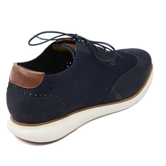 Florsheim A 4 Hole Wing Tip Athleisure Casual