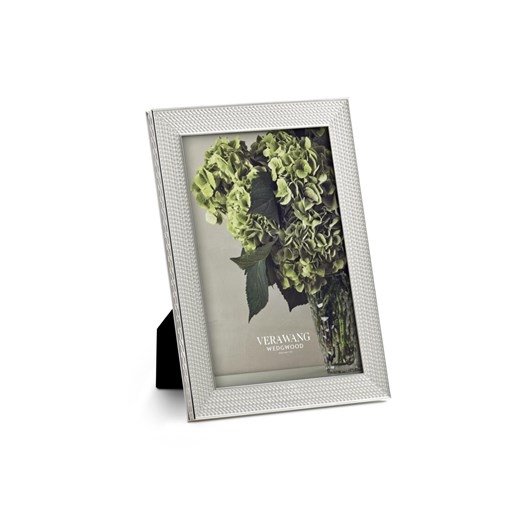 Vera Wang With Love Nouveau Silver Frame 4x6