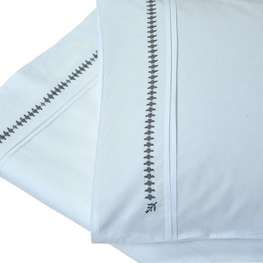 MM Linen French Bee Pillowcase Set