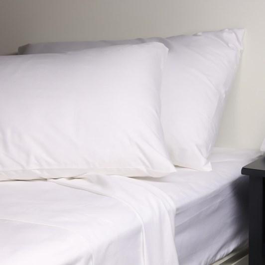 J Ballantyne & Co 400tc Sateen White Sheet Set