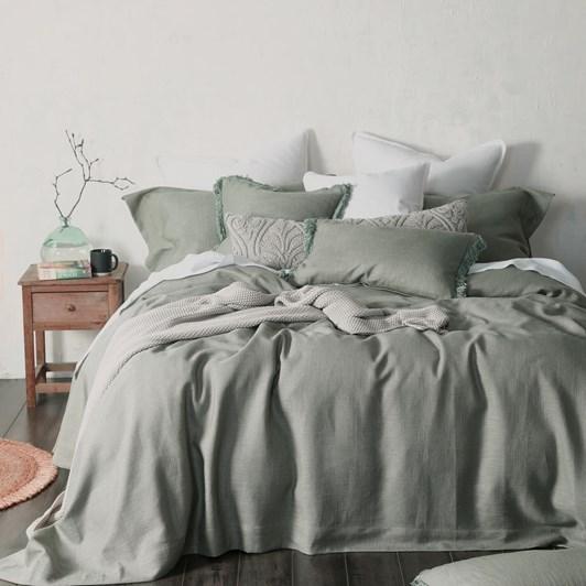 MM Linen Crozet Bedspread Set