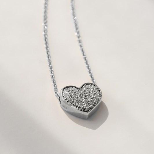 LOVE IN A JEWEL The Full Heart Keepsake Pendant