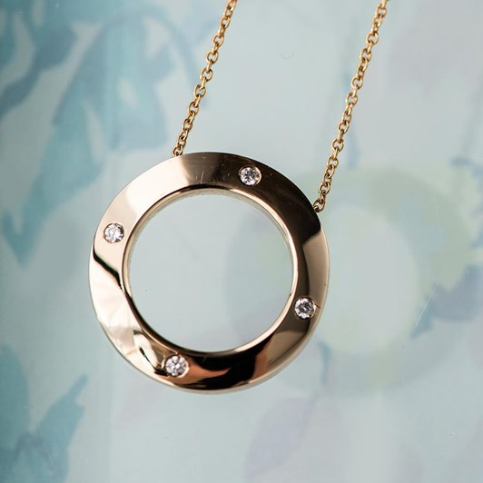 LOVE IN A JEWEL The Circle Of Love Pendant