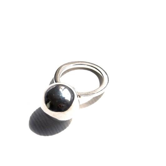 Jasmin Sparrow Cherry Ring