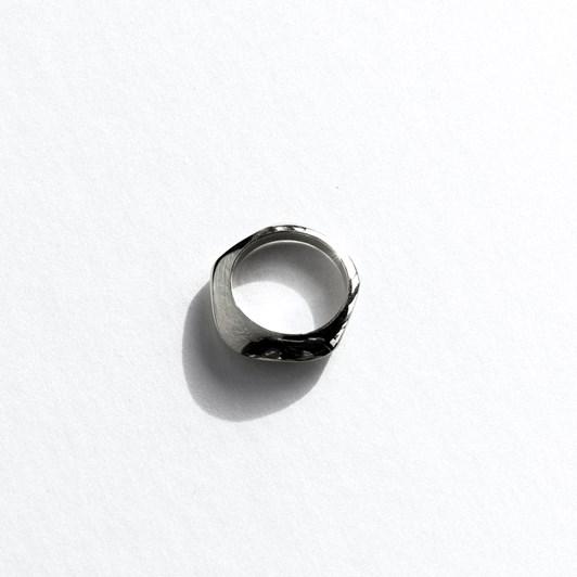 Jasmin Sparrow Swing Ring